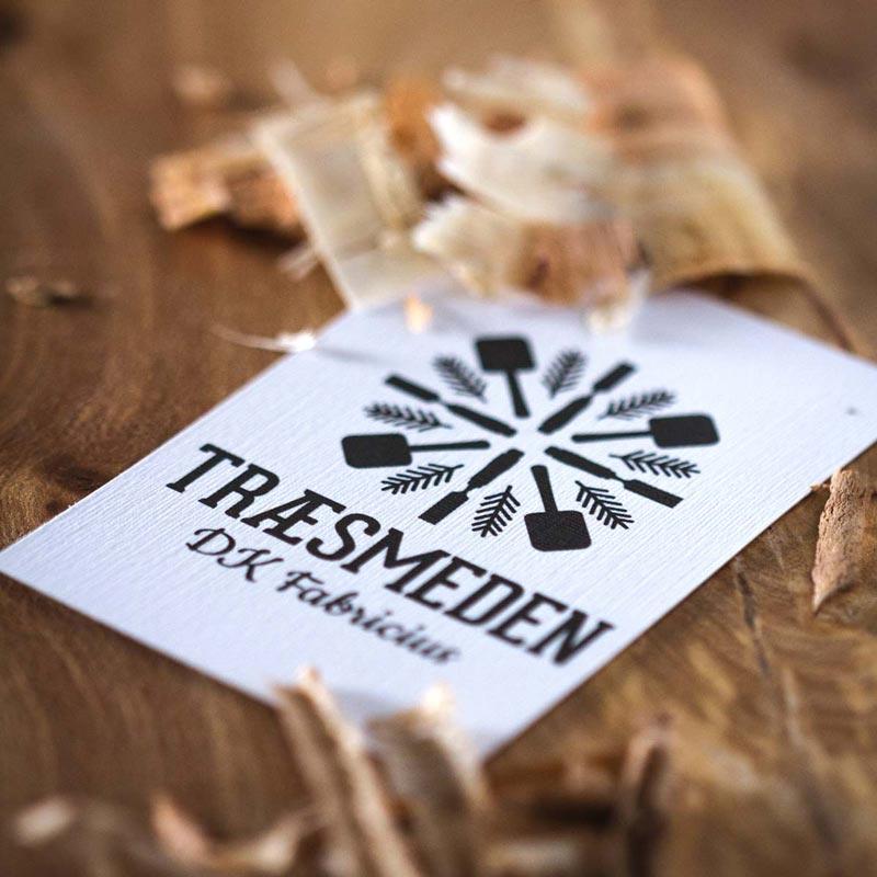 traesmeden-businesscard-wood-800x800px