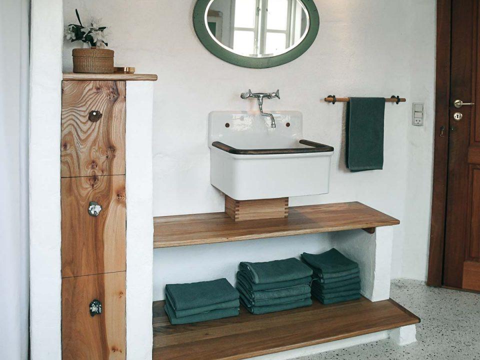 Træsmeden badeværelse