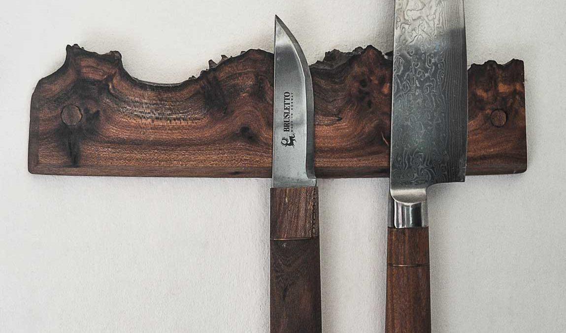 Træsmeden Knivholder i elmetræ